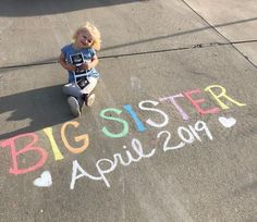 63 ideas for big sister rainbow baby announcement Sibling Baby Announcements, Baby Number 2 Announcement, Big Sister Announcement, Cute Pregnancy Announcement, Baby Announcement Pictures, Erwarten Baby, 2nd Baby, Baby Sister, Big Sister Gifts