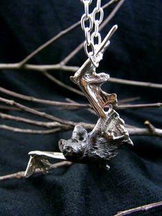 DECO デコ こうもりペンダント(シルバー)蝙蝠 アクセサリー写真1