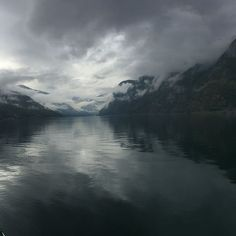 Fjords #Nærøyfjord #sognefjord #aurlandsfjord #rainyfjordday ( #📷 @helenfreeman76 ) Tours, River, Outdoor, Outdoors, Outdoor Games, The Great Outdoors, Rivers