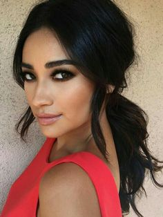 Shay Mitchell makeup by patrickta Black smokey