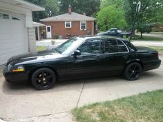 Show me your Mustang wheels on your crown vic! - Crownvic.net
