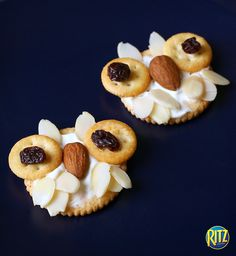 Kids will love these easy to make after school snacks that use only cream cheese, almonds and raisins to create an owl.