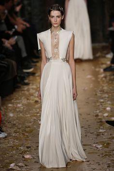 Valentino | Haute Couture - Spring 2016 | Look 53