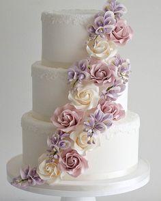 Classic 3 Tier wedding cake with elegant sugar flowers