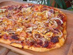 Hungarian Recipes, Garlic Bread, Hawaiian Pizza, Winter Food, Pepperoni, Vegetable Pizza, Lasagna, Nutella, Baked Goods