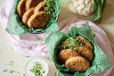 Pečené karfiolové fašírky Tofu, Smoothie, Chicken, Ethnic Recipes, Fitness, Diet, Mascarpone, Smoothies, Cubs