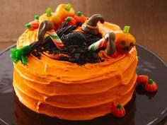Crash-Landing Witch Cake #Halloween