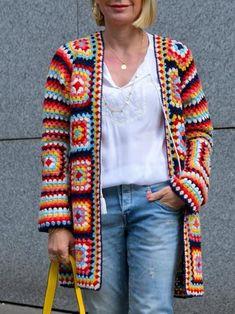 Crochet Coat, Crochet Cardigan Pattern, Granny Square Crochet Pattern, Crochet Jacket, Crochet Squares, Crochet Clothes, Cardigan Floral, Granny Square Häkelanleitung, Crochet World