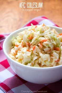 KFC Coleslaw Copycat *made it. My fave coleslaw recipe! Great Recipes, Dinner Recipes, Favorite Recipes, Cooking Recipes, Healthy Recipes, Summer Salads, Summer Bbq, Restaurant Recipes, Copycat Recipes