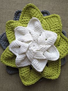 Flower Hot Pad ❥ 4U // FREE PATTERN HERE