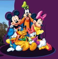 Walt Disney, bu koca pabuçlu, alaycı Mickey Mouse ve Minnie Mouse karakterlerinin ardından Donald Duck, Goofy, Daisy Duck gibi çizgi film tipleri yarattı.