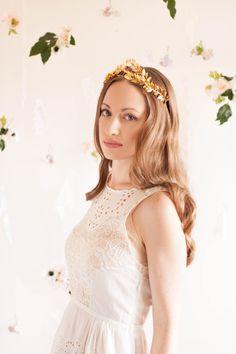 Greek Goddess Laurel Leaf Crown, Gold Tiara, Halo, Gold Leaf Headpiece, Hair Accessory, bridal tiara, Leaf Headband, Woodland, bohemian #100