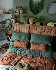 Bohemian Bedroom And Bedding Design – Dream Bedroom – Bedroom Ideas Dream Rooms, Dream Bedroom, Home Bedroom, Bedroom Ideas, Bedroom Designs, Modern Bedroom, Bedroom Green, Trendy Bedroom, Nature Bedroom