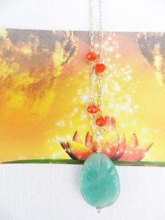 Healing jewellery for the bohemian woman Healing halskæde med lyseblå fedtsten med mønster og orange agat til den søgende kvinde. www.annweidesign.com