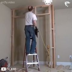 Building a Bedroom 🛌 Closet Awesome time-lapse of a closet going in!👏 🛌 🔨   🎥 Credit:Fix it All Bedroom Cupboard Designs, Wardrobe Design Bedroom, Closet Bedroom, Closet Space, Closet Built Ins, Built In Wardrobe, Diy Wardrobe, Diy Placards, Make A Closet