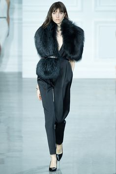 Jason Wu fall/winter 2015 collection – New York fashion week New York Fashion, Fashion Week, Runway Fashion, Fashion Show, Fashion Design, Jason Wu, Fur Fashion, High Fashion, Winter Fashion