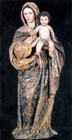 LA DULCE MARÍA, CON EL PEQUEÑO JESÚS EN BRAZOS