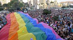 Para combater toda forma de  homofobia e preconceito, a 16ª edição da Parada do Orgulho LGBT de Belo Horizonte acontece no dia 29, a partir das 11h. O ponto de encontro da atração é a Praça da Estação.