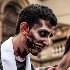 Zombie-Gesicht selber machen.