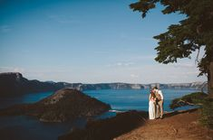 Gorgeous elopement at Crater Lake in Oregon