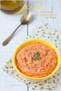 Crema di peperoni e feta - Red peppers and feta cheese spreadable