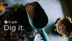 Healthy soil makes for healthy plants! Using soil amendments, you can turn your poor garden soil into a nutrient-rich paradise in which plants will thrive. Here's an overview of the most commonly used organic soil amendments. Organic Soil, Organic Gardening, Gardening Tips, Bucket Gardening, Sustainable Gardening, Kitchen Gardening, Gardening Quotes, Urban Gardening, Indoor Gardening