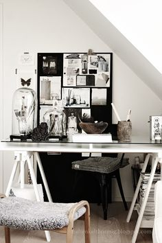 work - moodboard - black and white - bureau - accessoires - werkplek