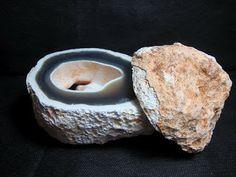 Rochas e Minerais: Agosto 2012
