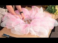 How To Make A Sunflower Wreath by Trees n Trends - YouTube