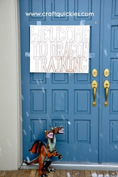 Welcome to Dragon Training! How to throw a fun How to Train Your Dragon birthday party from Sarah at Craft Quickies.