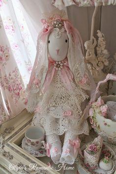 Olivia's Romantic Home: Bunny Tea Party