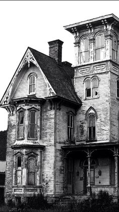 ♠️Abandoned and haunted....