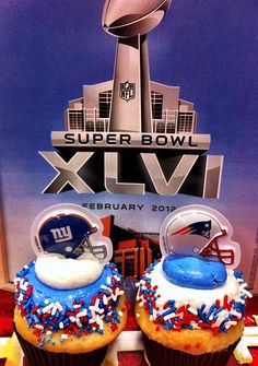 NY Giants Super Bowl cupcakes