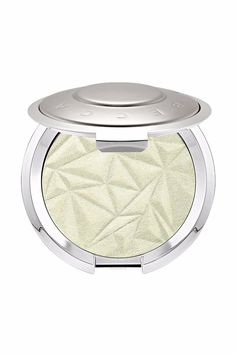A post shared by beccacosmetics ( on Nov 2017 at PST Becca Cosmetics just debuted a new green-tinted shade of highlighter. New Green, Mint Green, Beetlejuice Costume, Green Highlights, Becca Cosmetics, Makeup For Green Eyes, Highlighter Makeup, Beauty Secrets, Green Colors