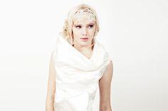#bridal #wedding #dress #hochzeitskleid #abendkleid #creme #stehkragen #kragen #seide #midi