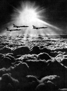 Vladimir Lebedev,above the clouds, 1972 John Batho, Black White Photos, Black And White, War Jet, Ill Fly Away, Cloud Photos, Around The World In 80 Days, Above The Clouds, Photo B