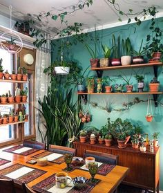 Bohemian latest and stylish home decor design and ideas # Indoor Plants Care … - Trend Home Dekor Bohemian House, Bohemian Decor, Boho Chic, Bohemian Interior, Bohemian Style, Bohemian Living Spaces, Bohemian Bedroom Design, Bohemian Kitchen, Colorful Interior Design