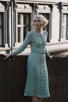 Forest Berry Dress pattern by Fabel Knitwear : Ravelry: Forest Berry Dress pattern by Helene Arnesen Kasimir Und Karoline, Knit Dress, Dress Skirt, Knitted Skirt, Vintage Dresses, Vintage Outfits, Ravelry, Vogue Knitting, Sock Knitting