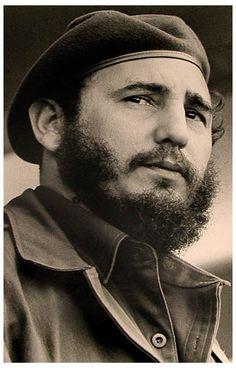 Fidel Castro Portrait of a Revolutionary Poster 11x17