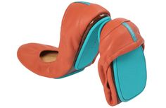This season add a splash of fun to your wardrobe. Tangerine Tieks are the perfect flat to brighten any look. Pair these full-grain, Italian leather Tieks with skinny jeans or shorts and a neutral top for a fun, radiant look year round. Tieks Ballet Flats, Tieks Shoes, Tieks By Gavrieli, Most Comfortable Shoes, Mommy Style, Sock Shoes, Flat Shoes, Just In Case, Me Too Shoes