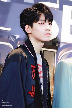 for you, jeon wonwoo: Photo Woozi, Jeonghan, Seventeen Wonwoo, Seventeen Debut, Vernon, Hip Hop, Carat Seventeen, Seventeen Wallpapers, Pledis 17