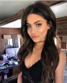 41 Best Natural Prom Makeup Ideas To Makes You Look on Beautiful Makeup Photos 1632 Maquillaje Glowy, Natural Prom Makeup, Beauty Makeup, Hair Beauty, Makeup Glowy, Dark Hair Makeup, Glow Makeup, Pink Makeup, Drugstore Makeup