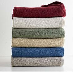 Light-years beyond your standard wool blanket. This luxurious blanket is crafted of silky-soft merino wool combined with temperature-regulating Outlast® wool.