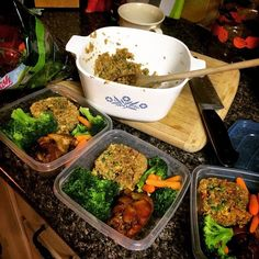 sorda 21 Day Fix: Asian Chicken and Quinoa 'Fried Rice-sounds good for after the fix'