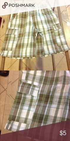 Medium 10-12 Canyon Blues shorts Size Medium 10-12 Canyon Blues shorts good condition Canyon Blues Bottoms Shorts