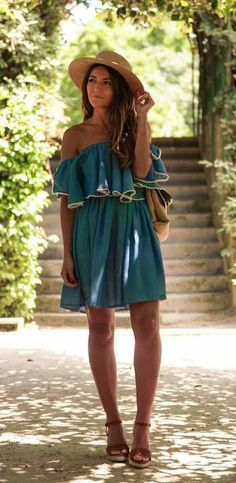 I want to be in italy wearing this!