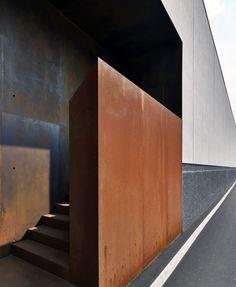 BURATTI ARCHITETTI, Marcello Mariana · Edificio produttivo Lamiflex Composites
