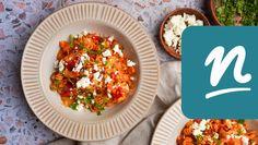 Kefirben pácolt csirkecomb   Nosalty Kefir, Grains, Curry, Rice, Feta, Ethnic Recipes, Curries, Seeds, Laughter