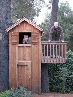 i always wanted a treehouse wen i was little. can you tell i'm obsessed with them now?
