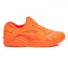 Dámské tenisky Massimo oranžové – oranžová Líbil by se vám život na vysoké noze? Tak trochu v přeneseném významu na něj můžete dosáhnout díky botkám Massimo se zvýšenou podrážkou. V ultra pohodlných teniskách vás nezaskočí …